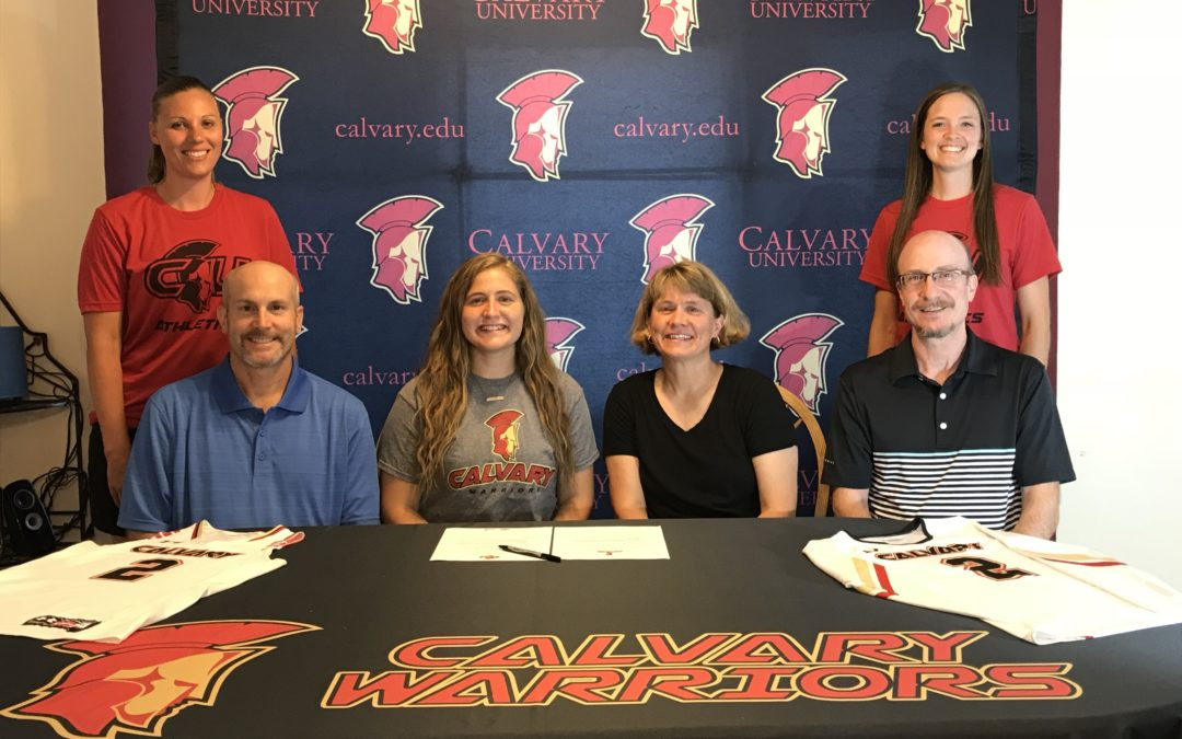 Holloway Signs as Dual-Sport Athlete